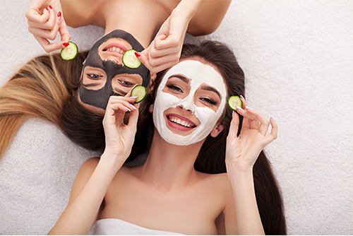 The Pros and Cons of a Getting a Facial
